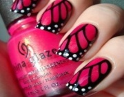 Бабочки в дизайне ногтей