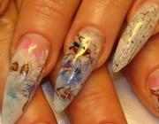 Наращивание ногтей с блестками