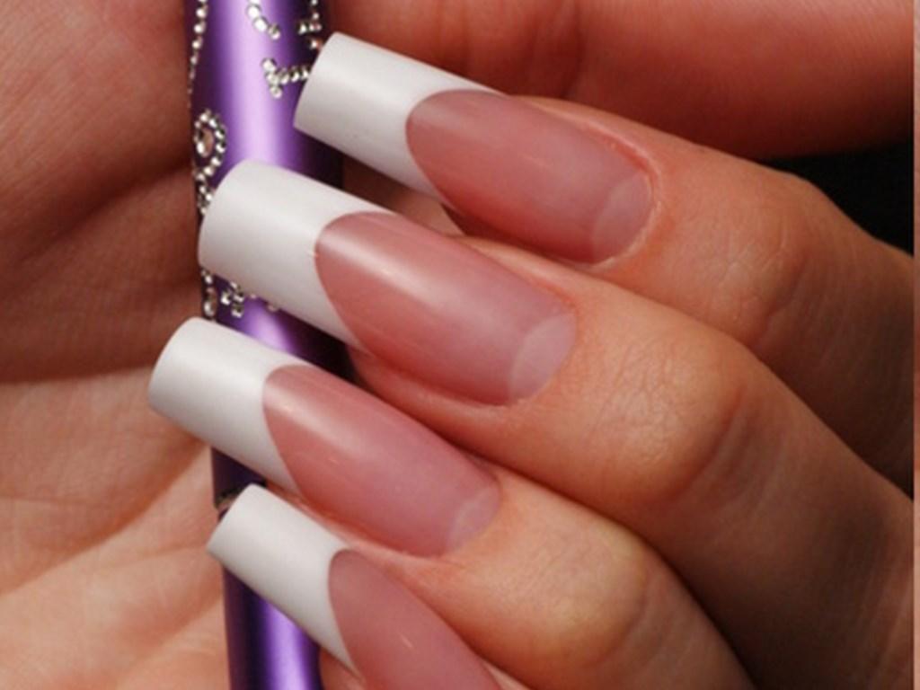 Наращенные ногти: плюсы и минусы