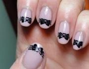Банты на ногтях