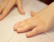 Снятие акрила с ногтей