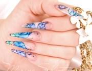 Дизайн ногтей синего цвета