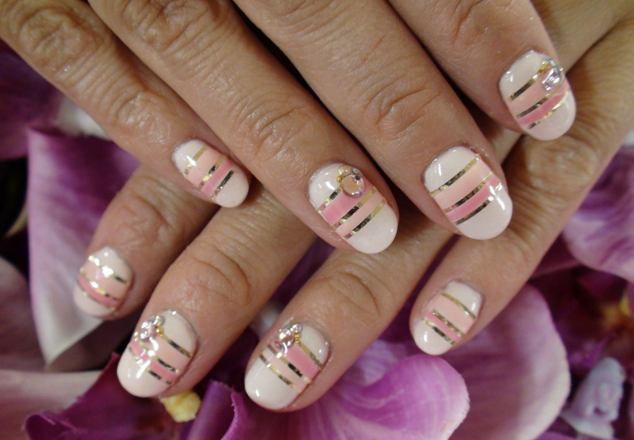 Дизайн ногтей.полоска