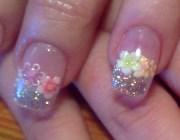Розы в дизайне ногтей