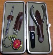 Маникюрный набор Mertz 4340