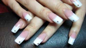 нарощенные ногти фото французский маникюр