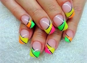 нарощенные ногти френч цветной фото