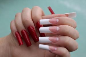 Шеллак на нарощенных ногтях
