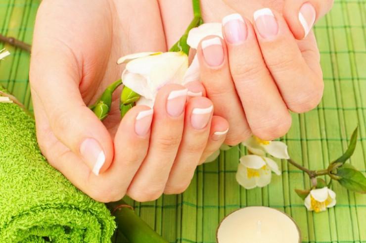Как увлажнить кожу рук?