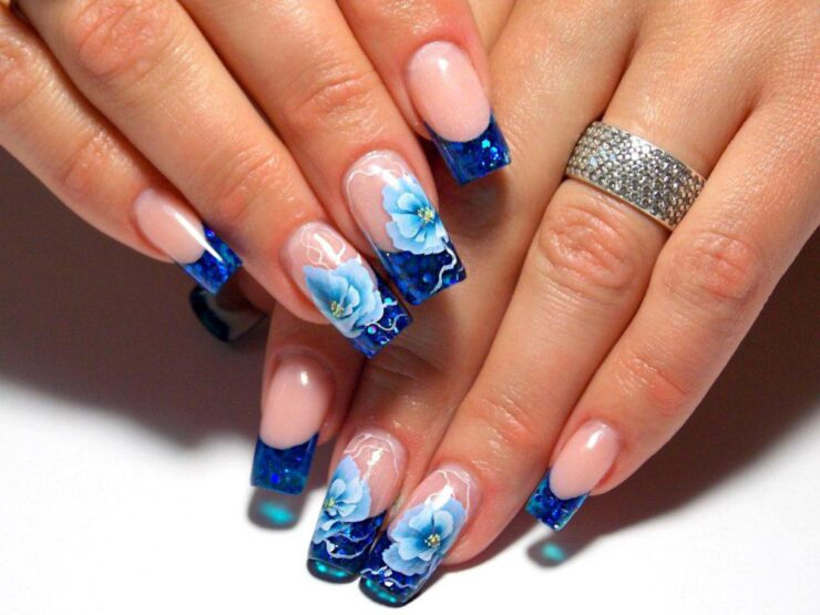 Водопадный дизайн ногтей